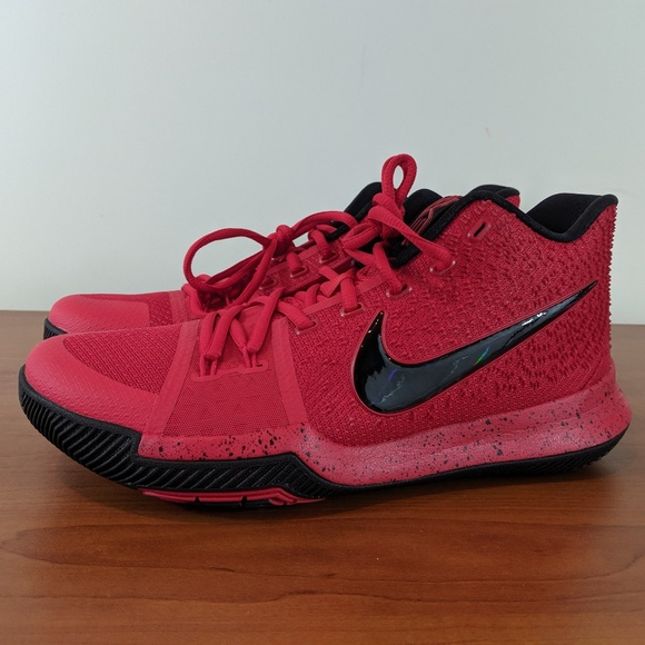 free shipping 7ea2b b4656 Nike Kyrie 3 Three Point Contest Sneakers Size 10